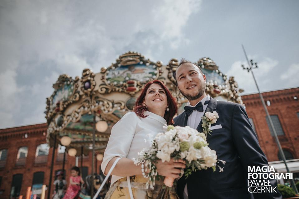 Brautpaar & Karussell