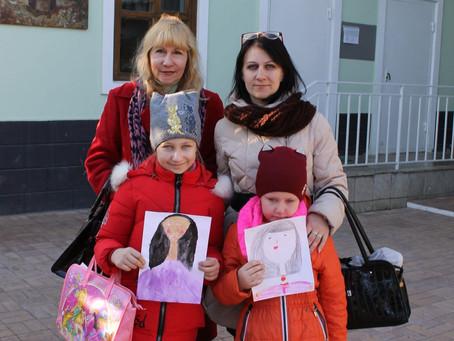 День матери отметили в Воскресной школе Свято-Троицкого собора Майкопа