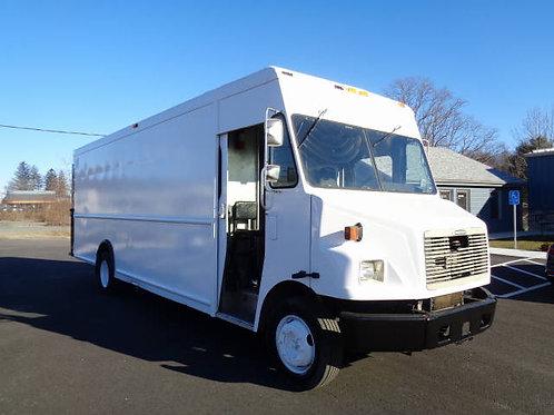 2001 Freightliner MT55 P1000 18ft Step Van