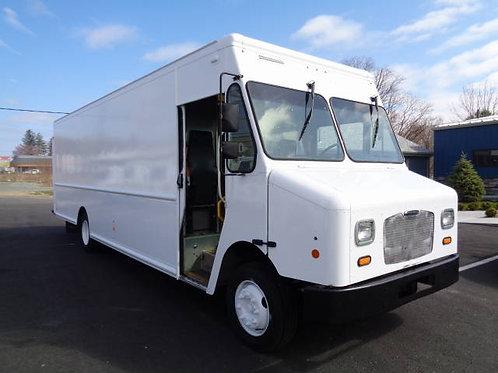 2013 Freightliner MT55 P1200 22ft Gas Step Van