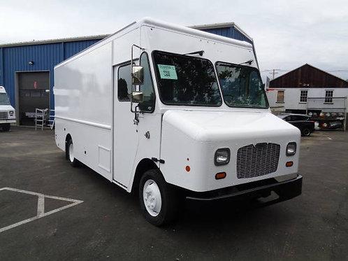 2015 Freightliner MT45 P900 Step Van