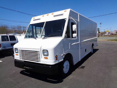 2009 Freightliner P1000 Step Van