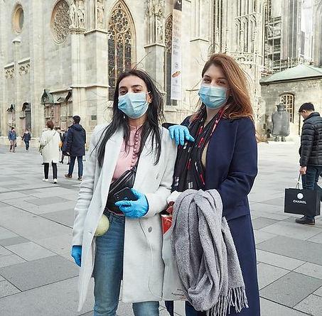 austrian_tourists_wearing_masks-michael_