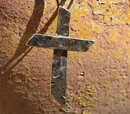 Alive Cross (Bronze)