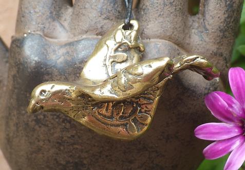 Joy Dove (Bronze)