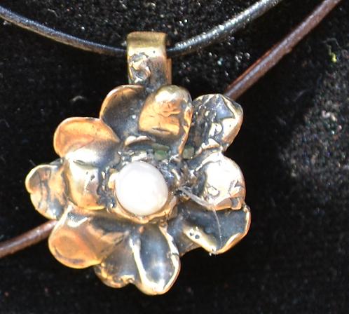 Hope Flower (Bronze)