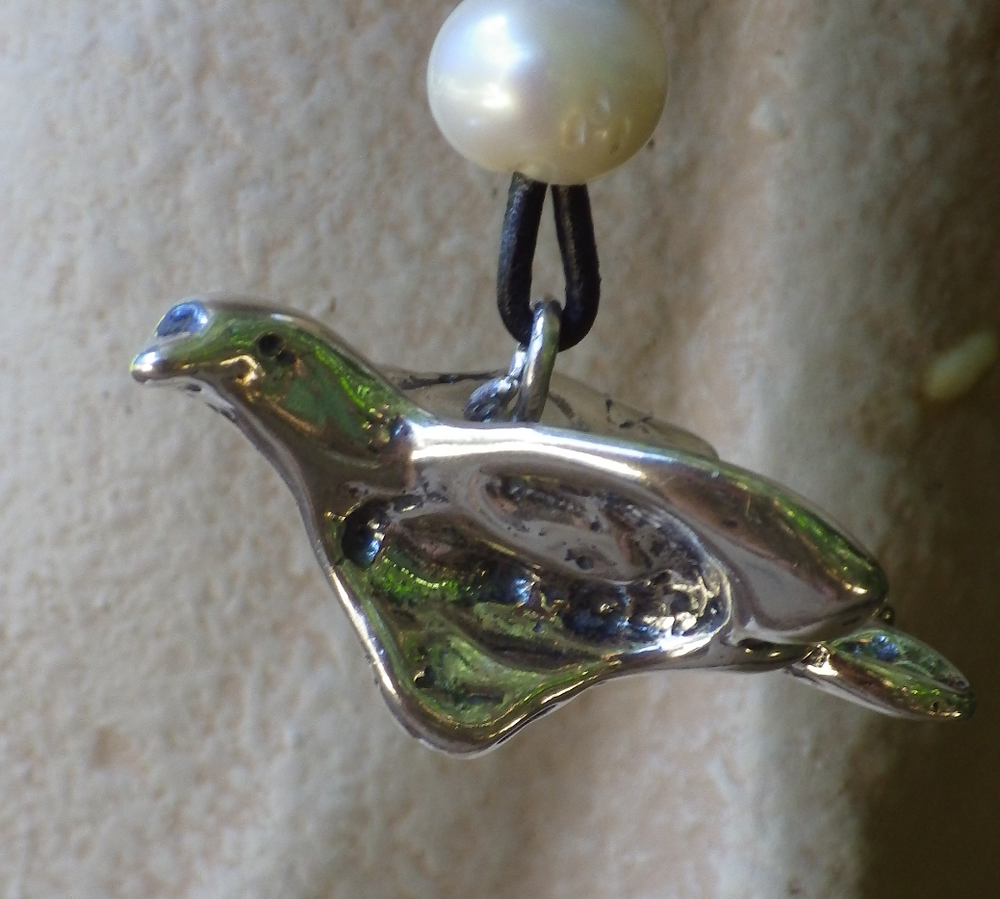 Trust Dove Necklace #TDH1302 Picture B_edited