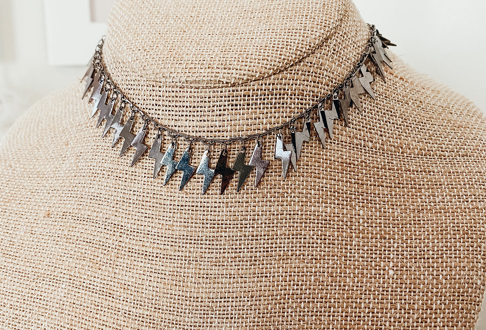 Bold Lightening Choker