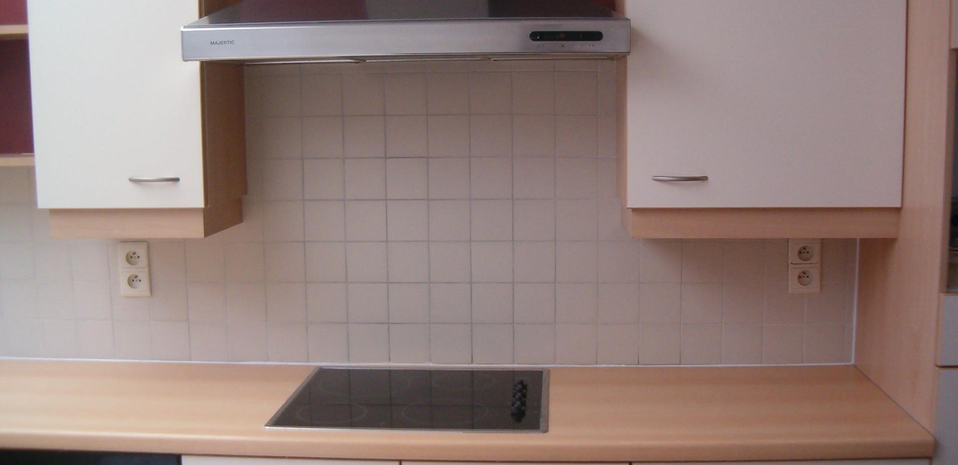 goed uitgeruste open keuken