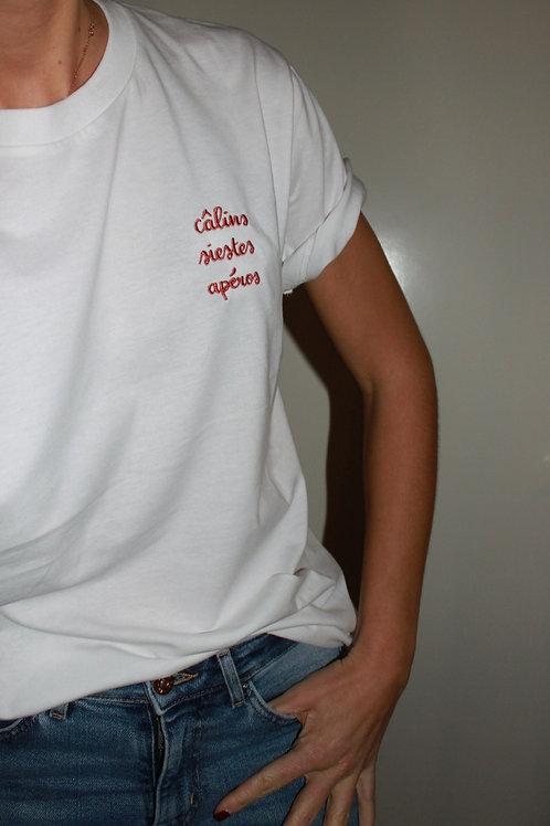 "t-shirt ""câlins siestes apéros"""