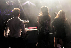 Perth live entertainment