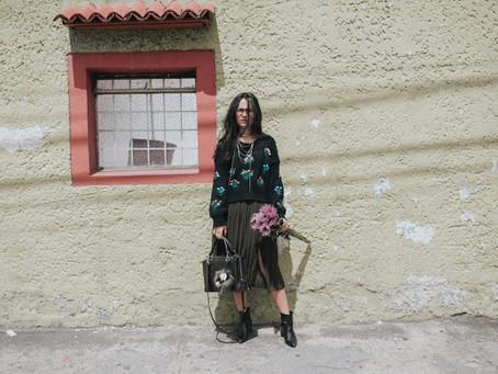 Flores y faldas plisadas: mi representación.