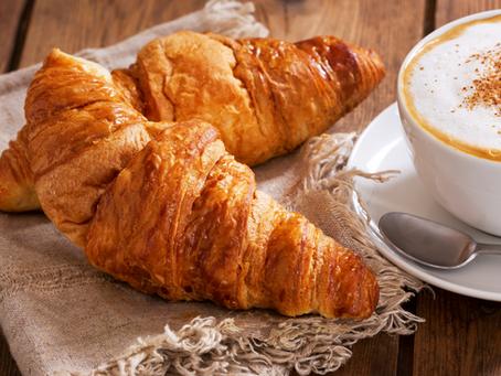 Právě rozpečený croissant