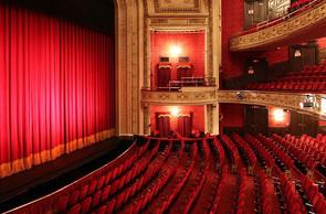 Walterdayle Theatre 9 - Royal Alexandra Theatre.jpg