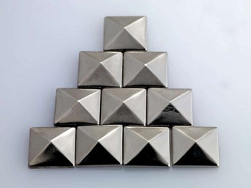 Hot Craft Hobby Studs - Pack F (Pyramid)