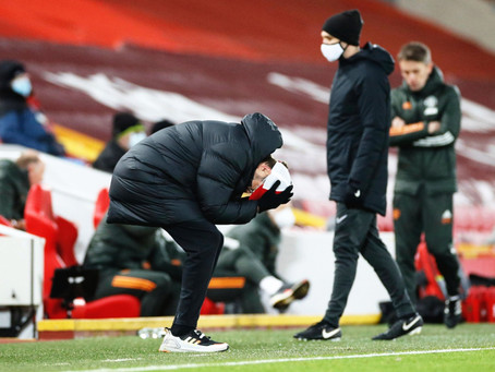 Um mês sem vencer na Premier League, o que aconteceu com o Liverpool?
