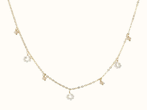 Flower freshwater pearl / small stones necklace peach