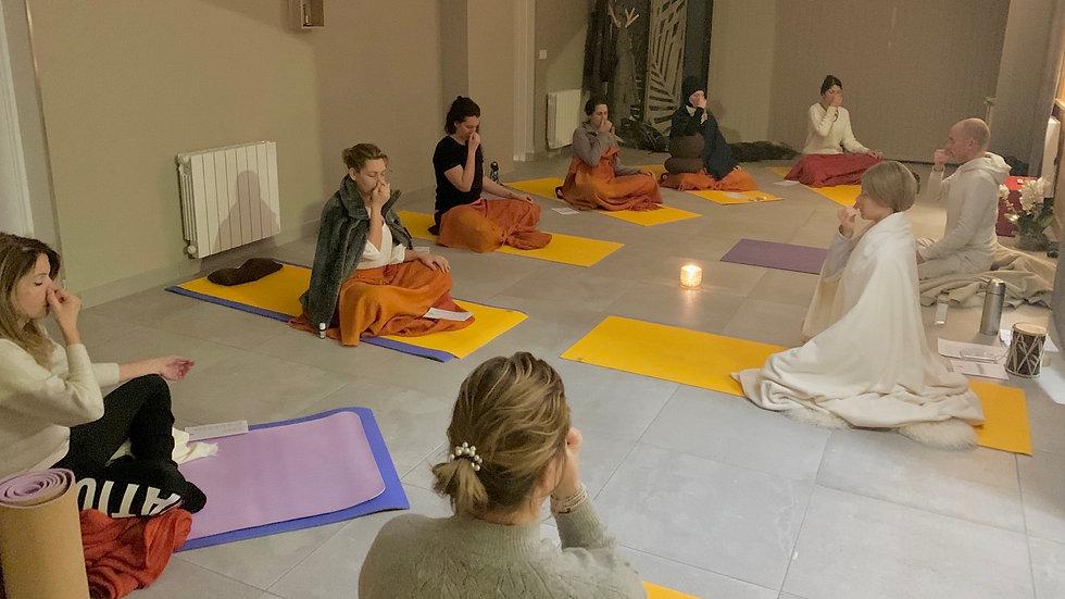 """Stage de Yoga """"Ouverture du Coeur""""  Praz sur Arly   24 au 27 février 21"""