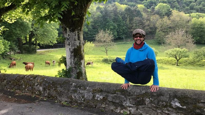 """Stage de Yoga """"Aller plus loin dans les postures"""", Plottes, 16-20 AVRIL 21"""