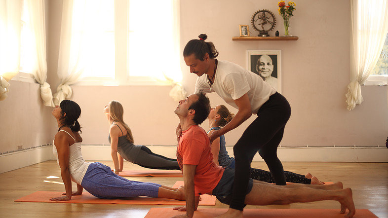YIN & YANG YOGA RETREAT  St Jean de Luz,  12 - 16 septembre 18