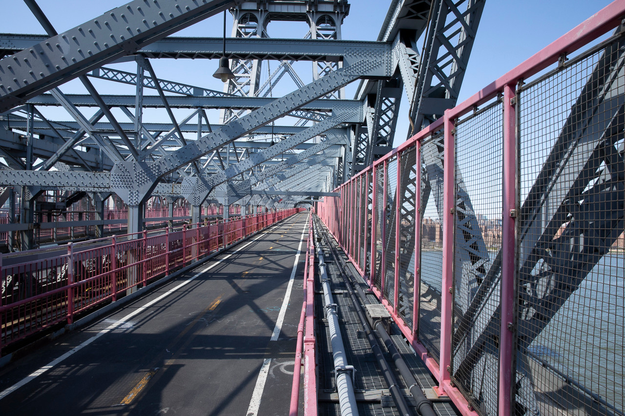 Williamsburg Bridge, Thursday Afternoon