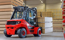 Linde Material Handling and Bin Salim offers Diesel Forklifts and other Forklifts