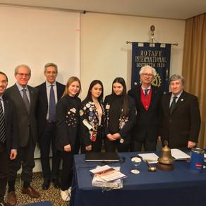 I programmi del Rotary per i giovani spiegati al Club da Mastrototaro e Scarascia Mugnozza.