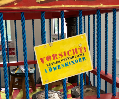 Achtung, Achtung