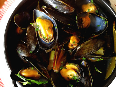 French Bouchot Mussels in White Wine