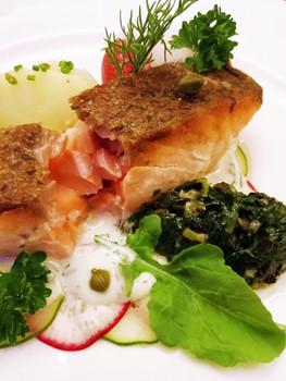 Crispy Skinned Salmon in Lemon Dill Sauce