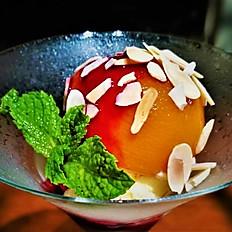 Peach Melba (Vanilla Ice Cream / Peach / Raspberry Sauce / Almond)