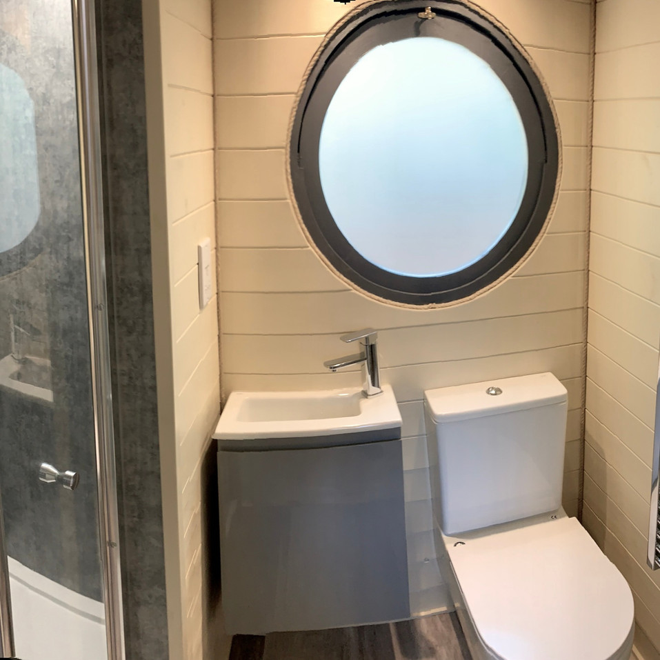 The Mezzanine Pod - WC
