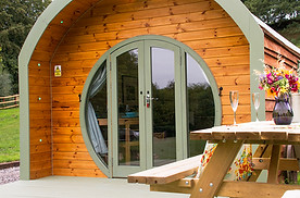 Hidden Wood Glamping - Shire Houses Doors