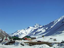 Centro-de-esqui-Los-Penitentes