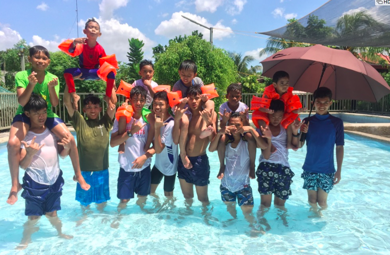 APCF - Fun day in the waterpark...Philippines boys having a good time