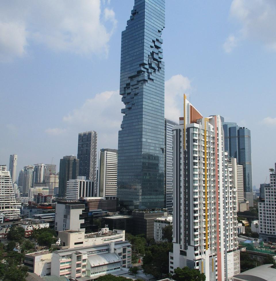 Maha Nakhon das höchste Gebäude BKKs