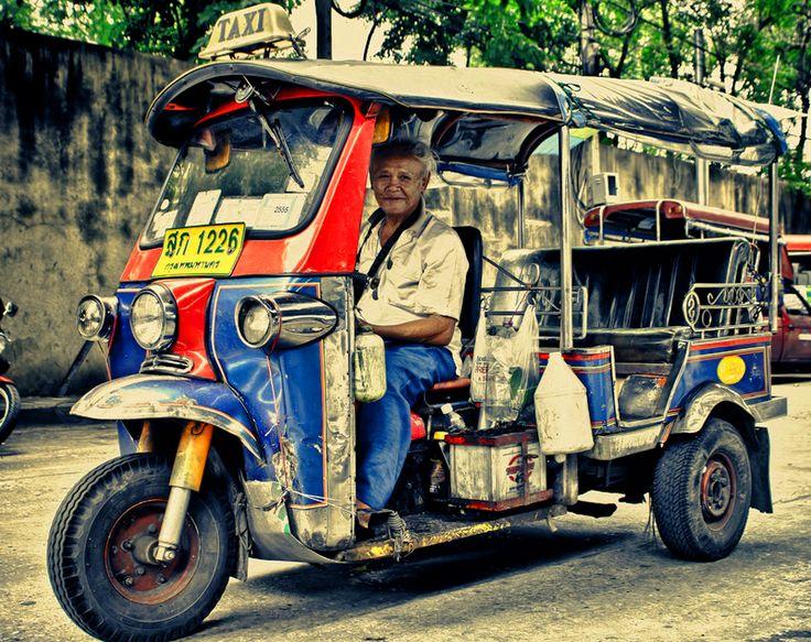 Taxiservice / Tuk Tuk