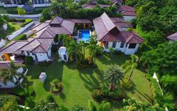 Villa 3 Bedroom ฿ 25,000,000