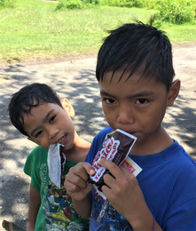 APCF - sharing ice creams with my friend