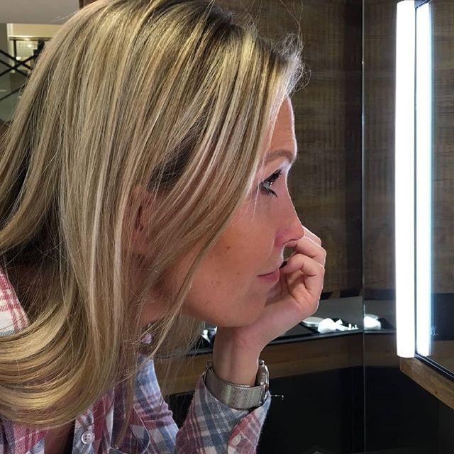 Let's look pretty 😊_#selfridges #mac #londen #london #shopping #pretty #makeup #me #mascara #travel
