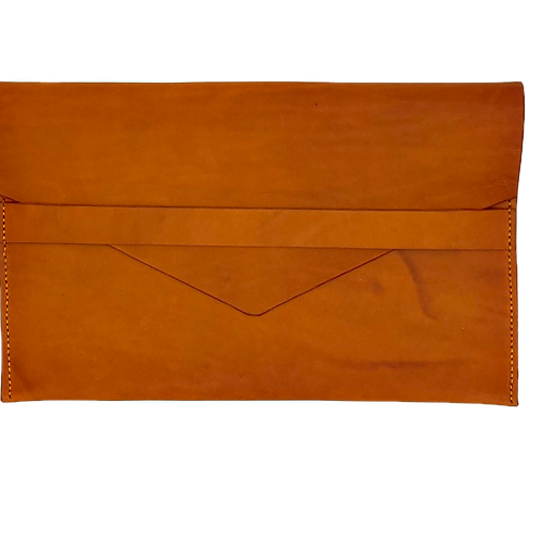 """""""WELL LOVED"""" Tablet Sleeve in Olmo"""