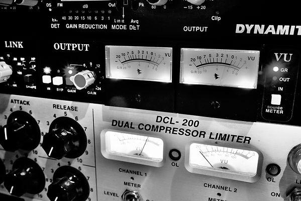 129H STUDIO API Compresseur