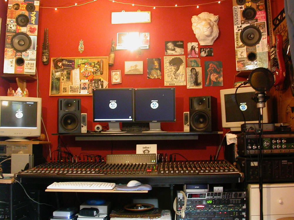 129H STUDIO (2003)
