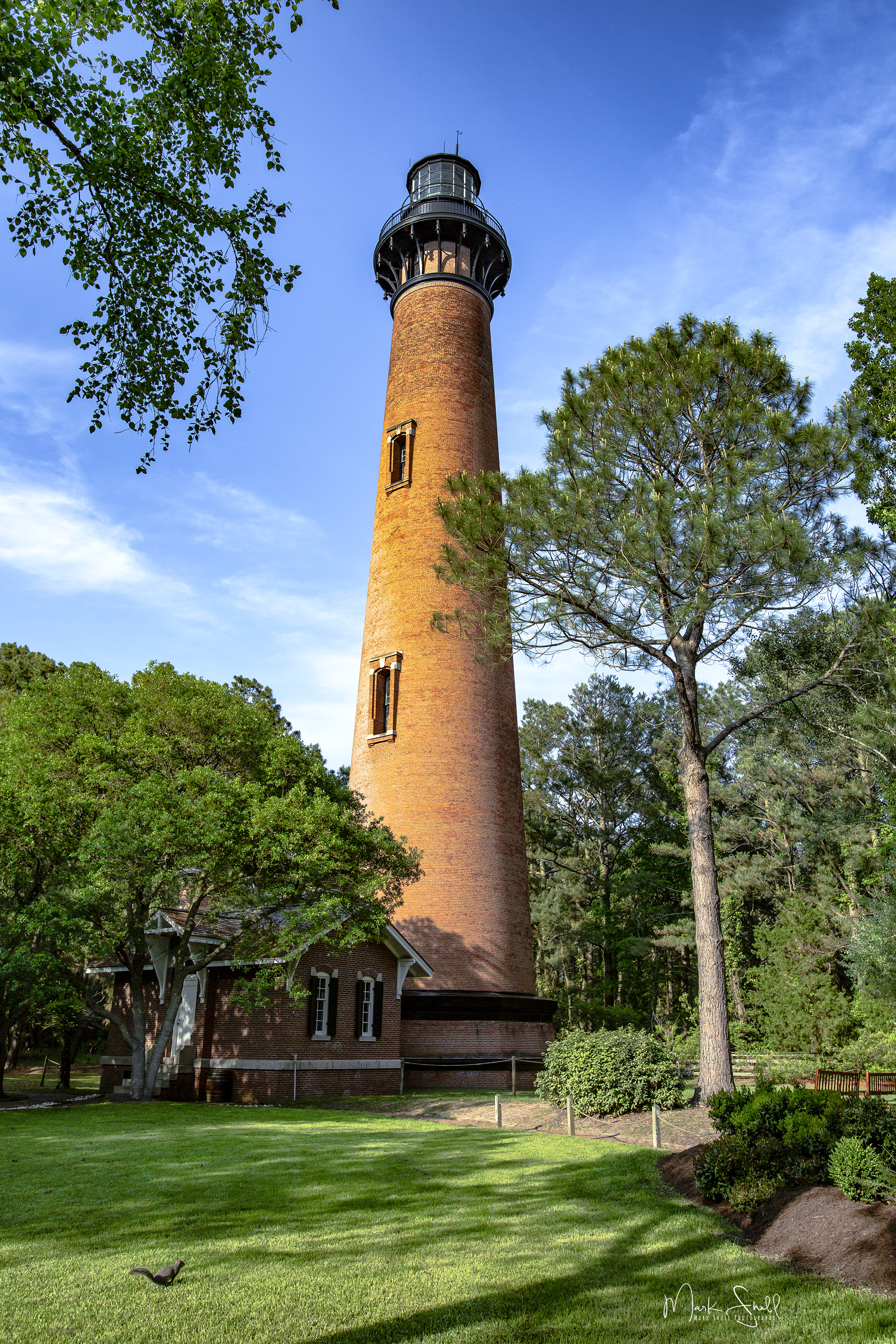 Currituck Beach Lighthouse tall post
