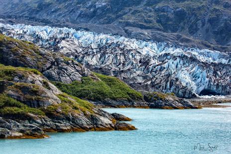 Lamplugh Glacier shore cave