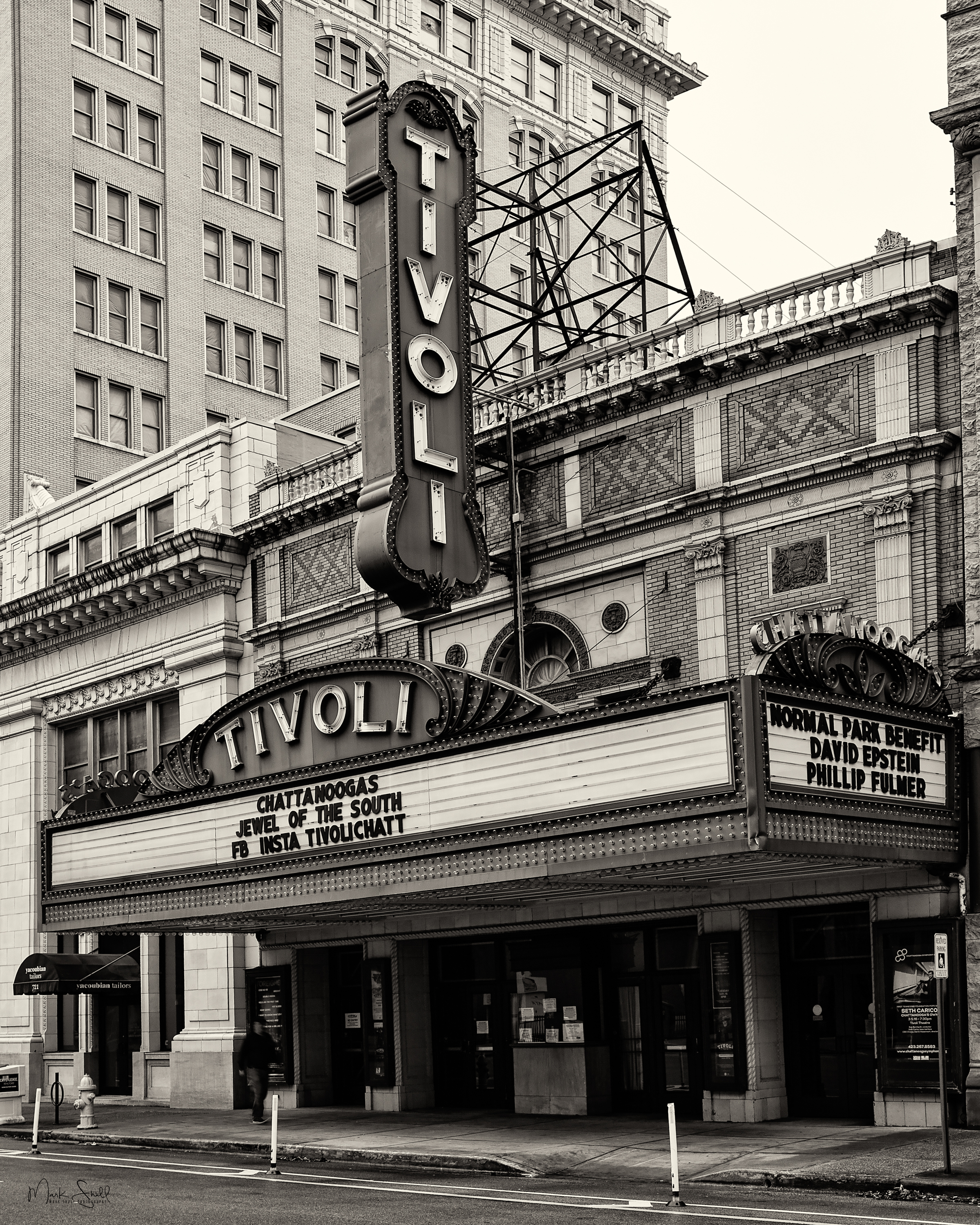 Tivoli Theater BW