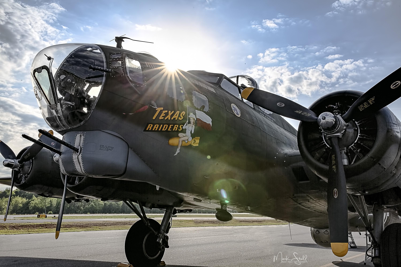 WWII Days B-17 starburst