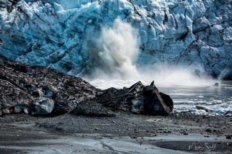 Calving of Lamplugh Glacier GBNP