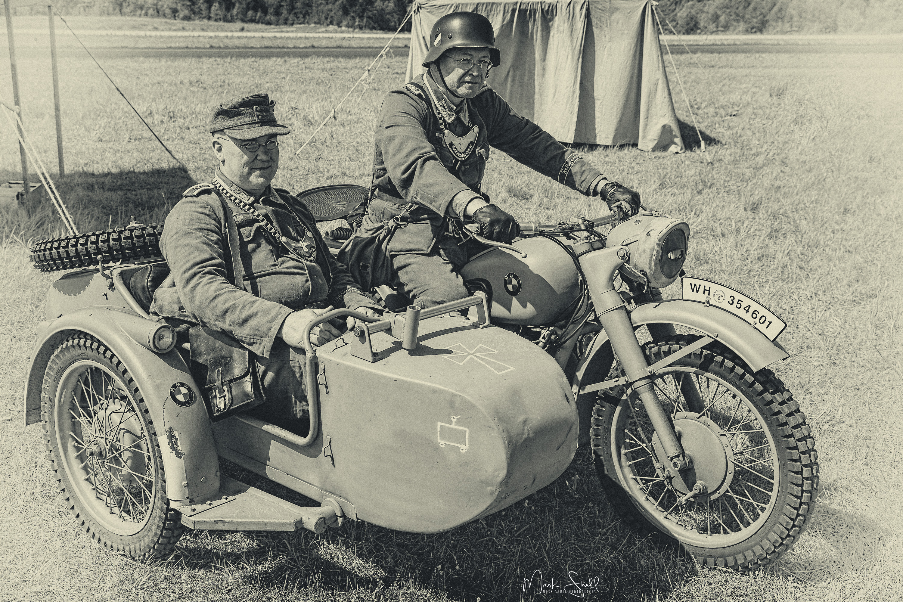 German side car bw