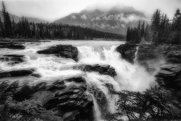 Athabasca Falls Jasper NP Alberta bw
